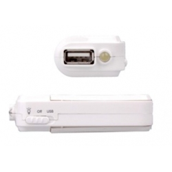 USB powerbank met USB poort en zaklamp