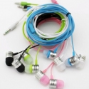 Stereo in-ear headset in vele kleuren om muziek te luisteren op de smartphone en tablet