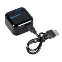 Bluetooth kastje met een Micro USB kabel wordt opgeladen