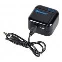 Koppel uw speakers aan dit bluetooth kastje met een AUX kabel